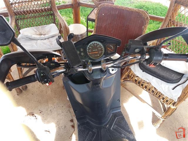 ER-SI-Yamaha-Zuma-150cc-mnogu-dobra-sostojba