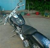 Yamaha Drag Star 650 custom