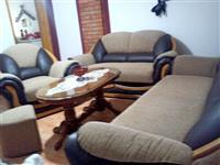 Garnitura trosed dvosed fotelja i taburetka