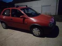 Opel Corsa 1.2 i Aprilia R.S