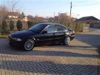 BMW 330d REGISTRIRANO Z KARTON FULL