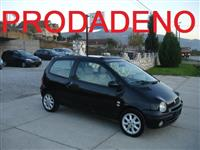 REANULT TWINGO 1.2 16V -04 INITIALE