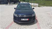 VW Tiguan -11