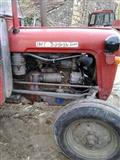 Traktor Ferguson 539
