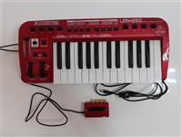 Usb Midi controller keyboard Behringer UMX250