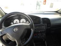 Opel Zafira -99
