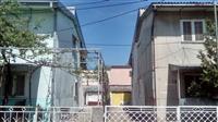 Dve baraki so dogradba vo naselba Dracevo