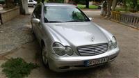 Mercedes 220 -03 EDINSTVENA PONUDA