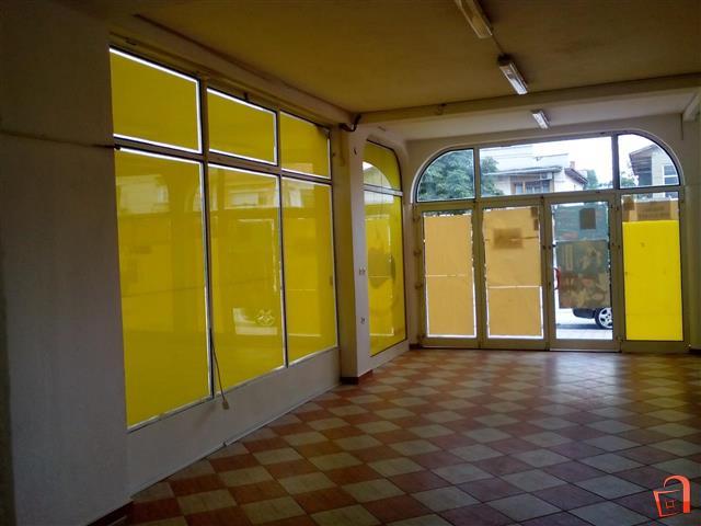 Se-izdava-deloven-prostor-na-glavna-ulica-120m2