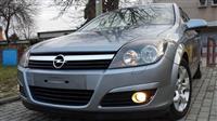 Opel Astra 1.7CDTi  COSMO 133 000km. -04
