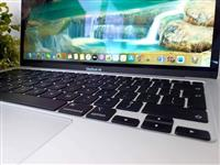 Macbook Air 13.3 2020 touch ID retina display