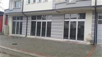 Jepen me qira 3 kate ka 280 m2 afer Restorant Ara