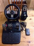 Logotech g27 racing wheel