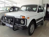 Lada Niva 4x4 -09