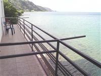 Apartmani na samiot breg od Ohridskoto Ezeto