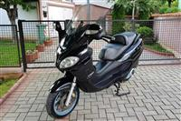 Piaggio X9 125 evolution kako nov