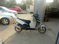 Vespa 150cc so dokumenti ne registrirana