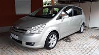 Toyota Corolla Verso 2.2 D4D