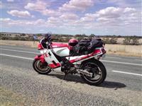 Yamaha fz 750 -85