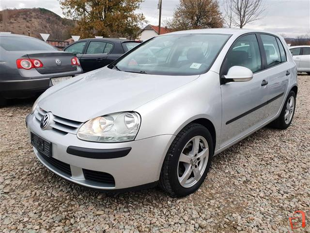 VW-GOLF-1-9TDI-105ks-123-000km-SERVISNA-KNISKA-06