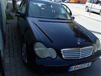 Mercedes Benz 220 C