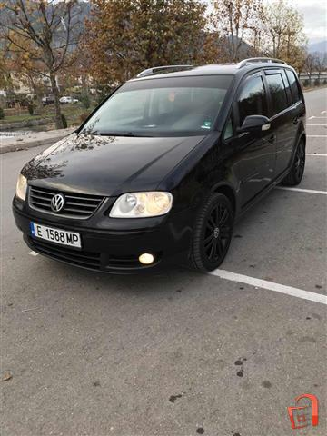 VW-Volkswagen-Touran