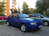 Opel Astra 1.4 benzin