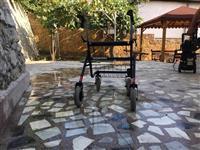 Kolicka za Invalidi
