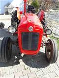 Traktor IMT 533 so se oprema itno