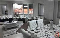 Banesë 140 m2 3-Kat UL JNA