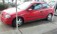 Opel Astra  Club 2.0