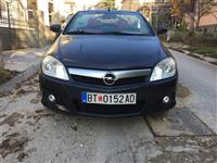 OPEL TIGRA 1.4 TWINTOP DesignEdition-09
