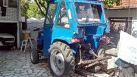 Traktori DONG FENG