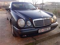 Mercedes E 220 -98