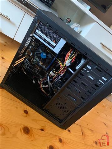 Desktop-Kompjuter---SteelSeries-Rival-300-Maus-