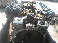 Motor v 8