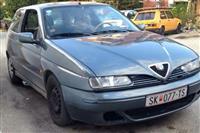 Allfa Romeo 145 1.9 JTD -01