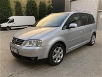VW Touran 2.0 registriran so 7 sedista