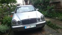 Mercedes-Benz E 230 -95