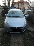 Fiat Grande Punto registrirano so zelen karton