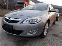Opel Astra 1.7 CDTI Cosmo -12