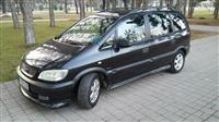 Opel Zafira vo super sostojba -01