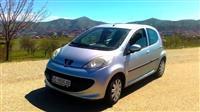 Peugeot 107 1.0 benzin