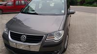 VW Touran 1,9 TDI 6 brzini  kako nov