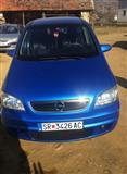 Opel Zafira -02