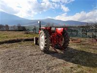 Traktor i Korpa za bager