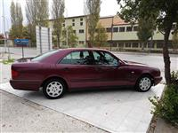 Mercedes E 220 -95