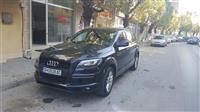 Audi Q7 -10