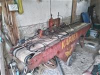 Masina za nizenje tutun i masina za sadenje