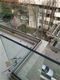 Montaza na staklena ograda na balkoni